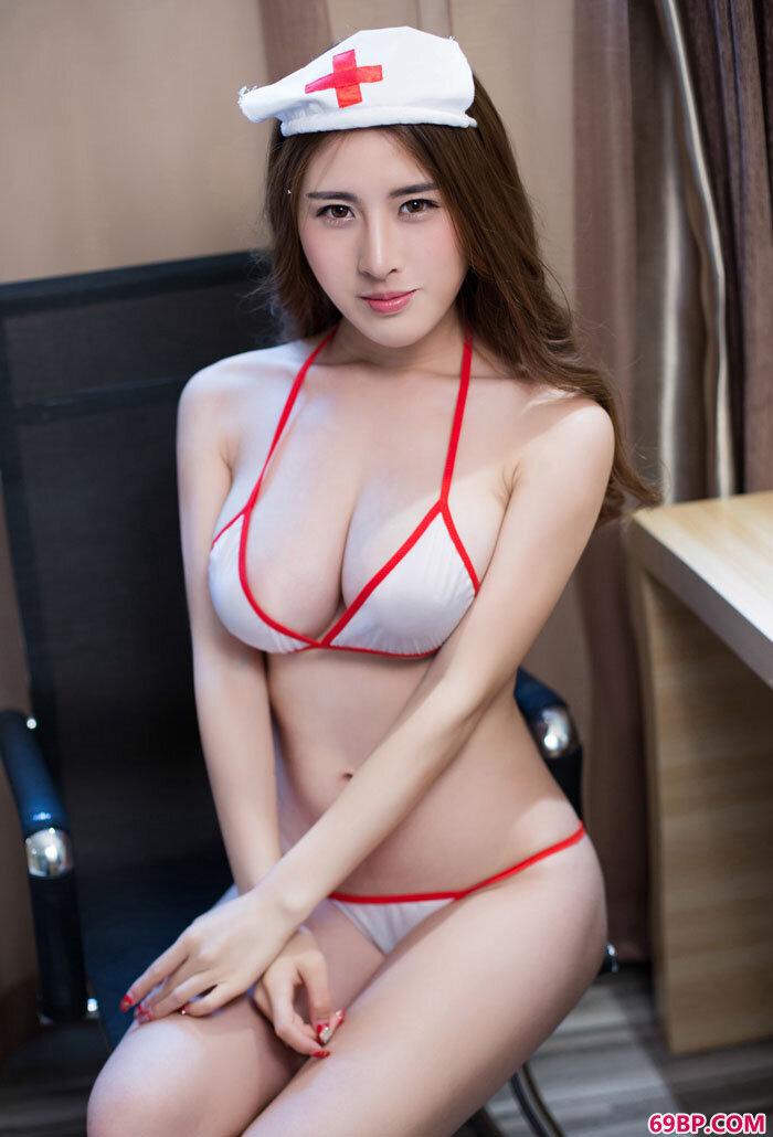 姿色妹妹卓芷伊大尺度护士制服写照_泰国美女68283精品人体
