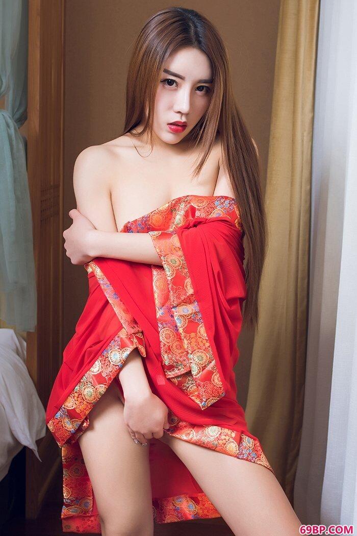 情趣女王安苏芮白皙胴体香艳欲滴_张慧敏人体337p人体
