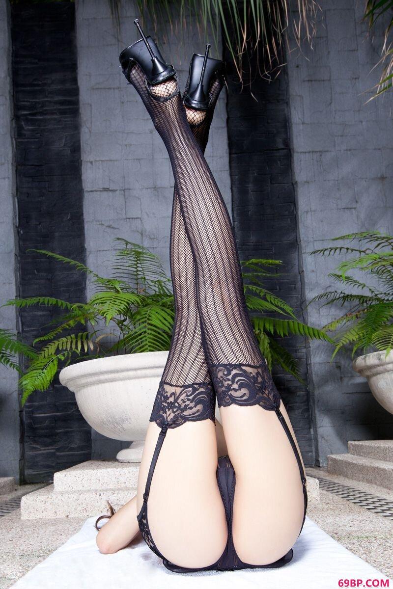美腿嫩模第260期Linda_美女人体gogo人体艺术