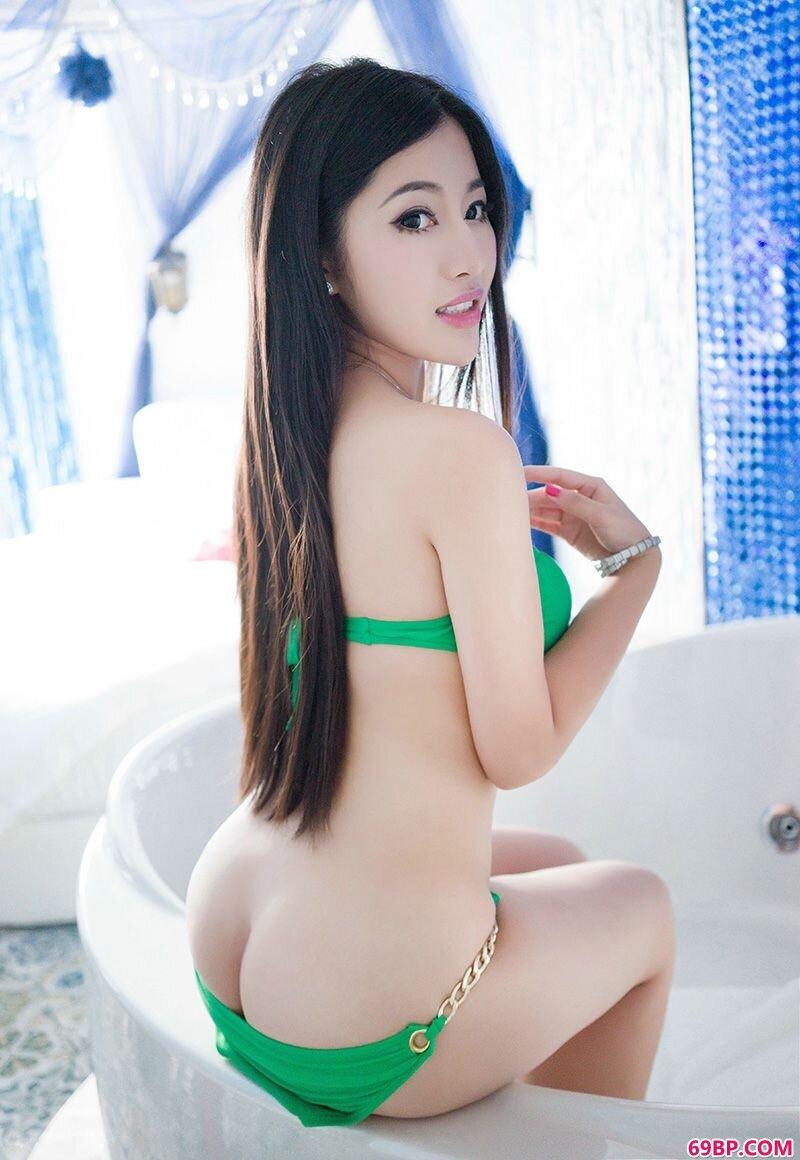 妩媚丰腴少女嘉嘉摄影图靓丽动人_m、337P人体模特