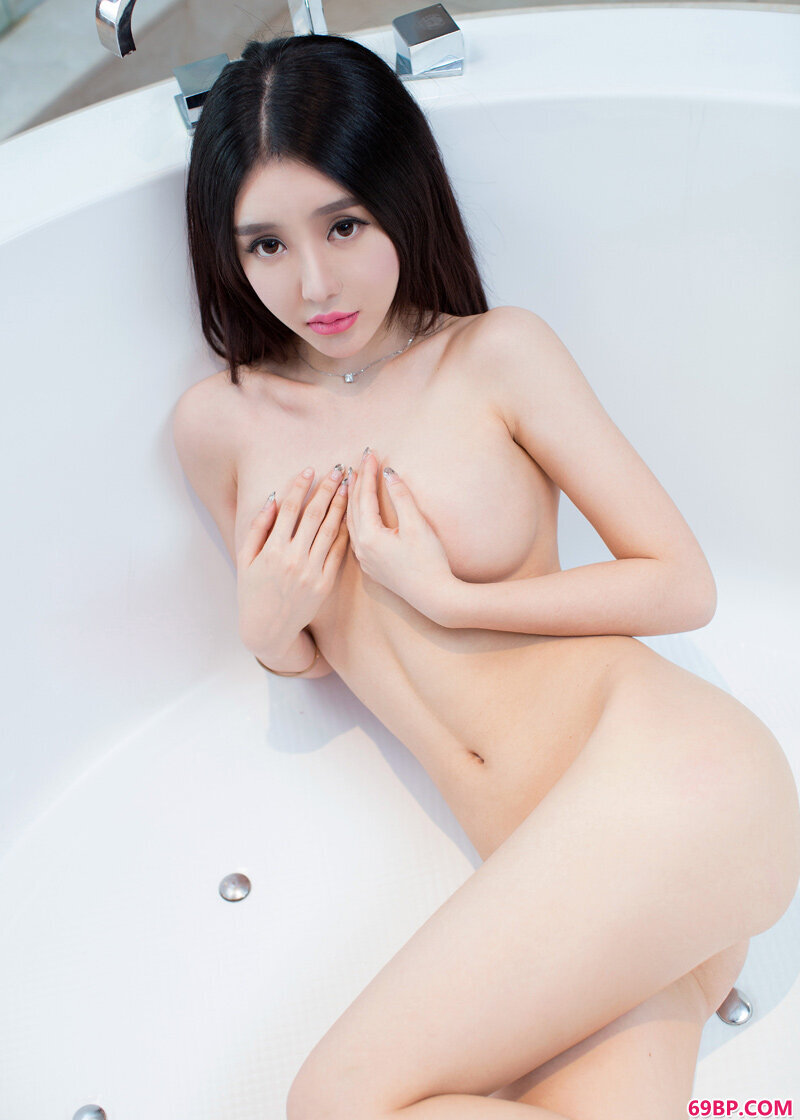 顶级美人郝晴浴室情趣内裤写照_日本高清www午色夜com