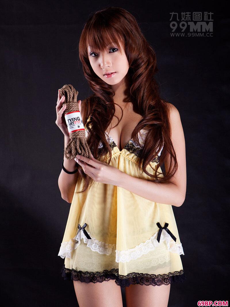 可爱睡裙美眉被束缚_西西人体www44rtnec
