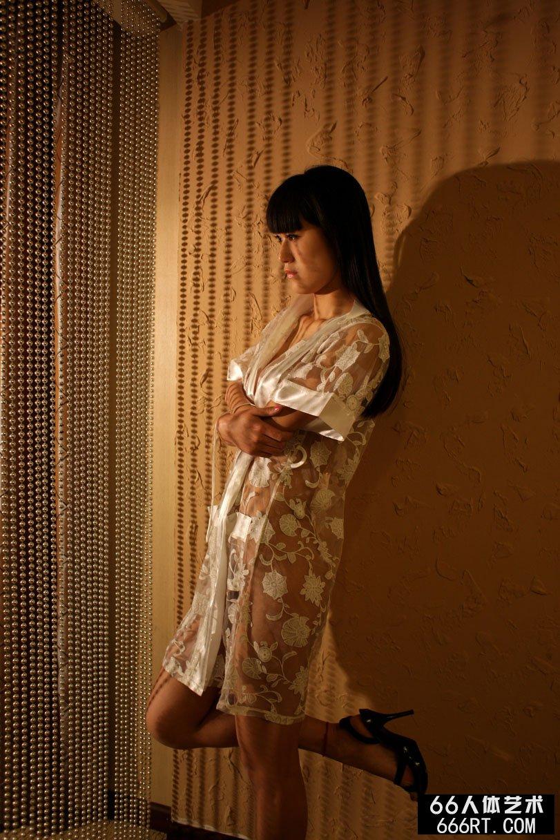 美模唤莎09年4月19日棚拍人体
