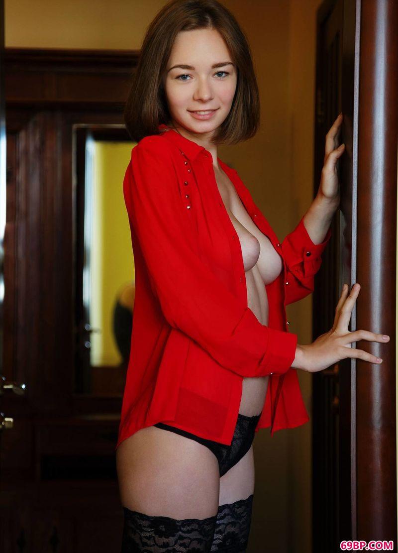 红赏美人儿Selina,GOGO欧美大胆人体艺术