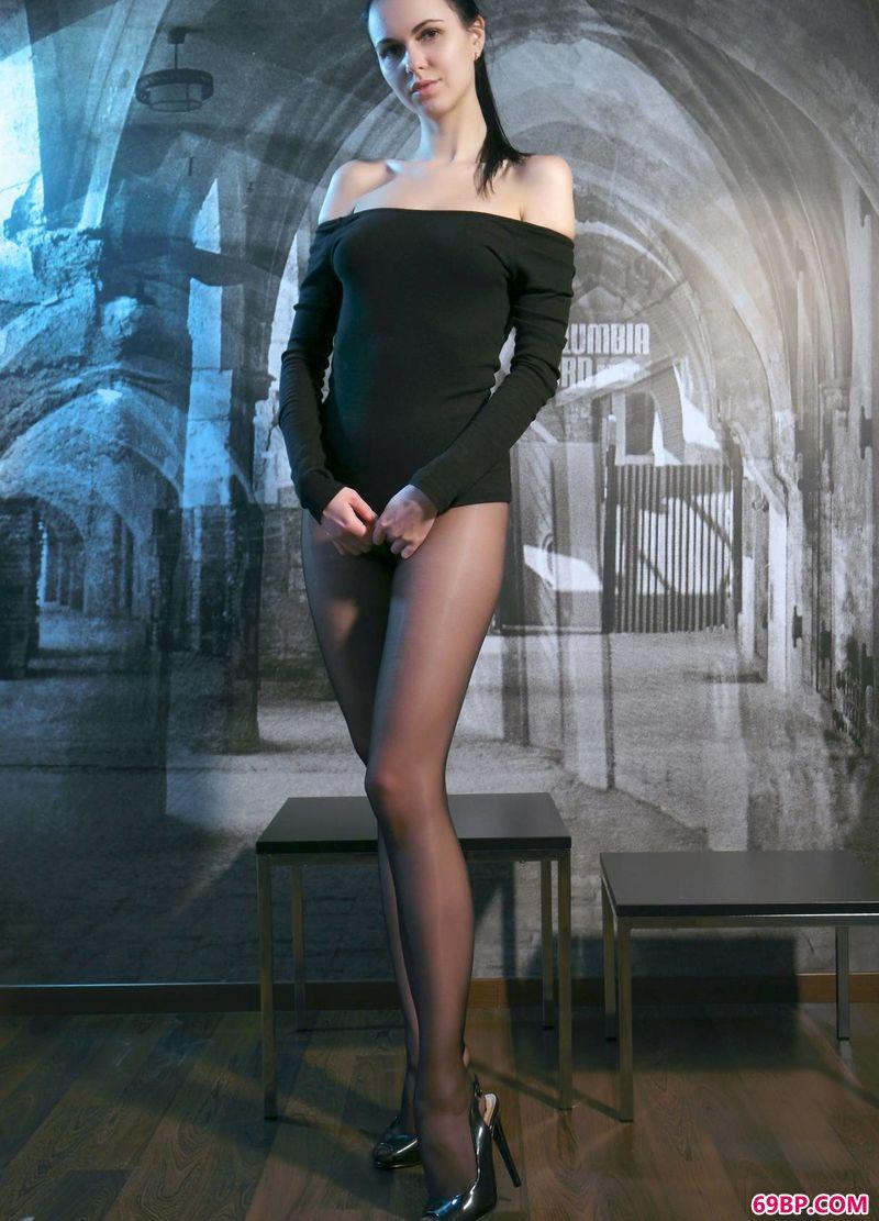 现代感艺术美体美模Nasita
