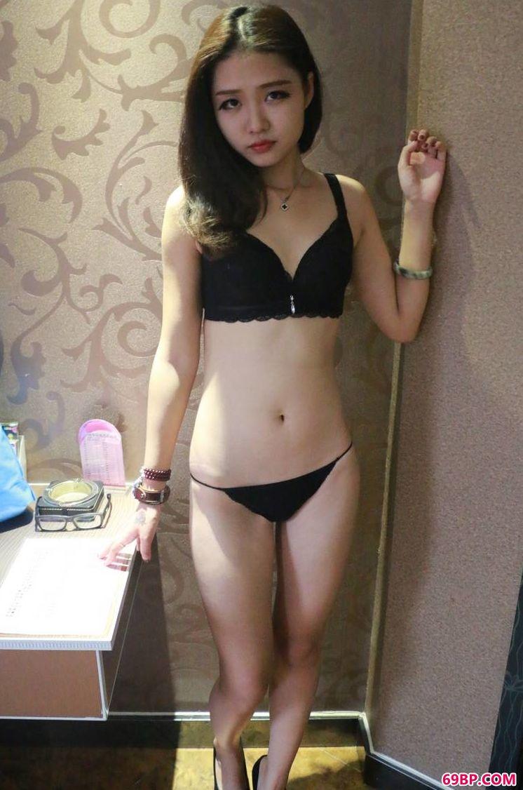 极品图片人气模特雪晴,亚洲gogo韩国人体模特
